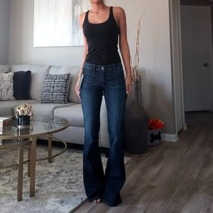 NWT Guess Los Angeles Bell Bottoms Jeans!